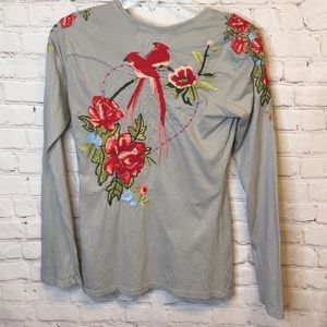 Johnny was Embroidered bird long sleeve te…
